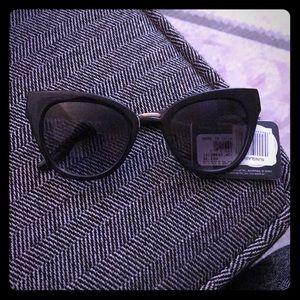 NWT cateye sunglasses